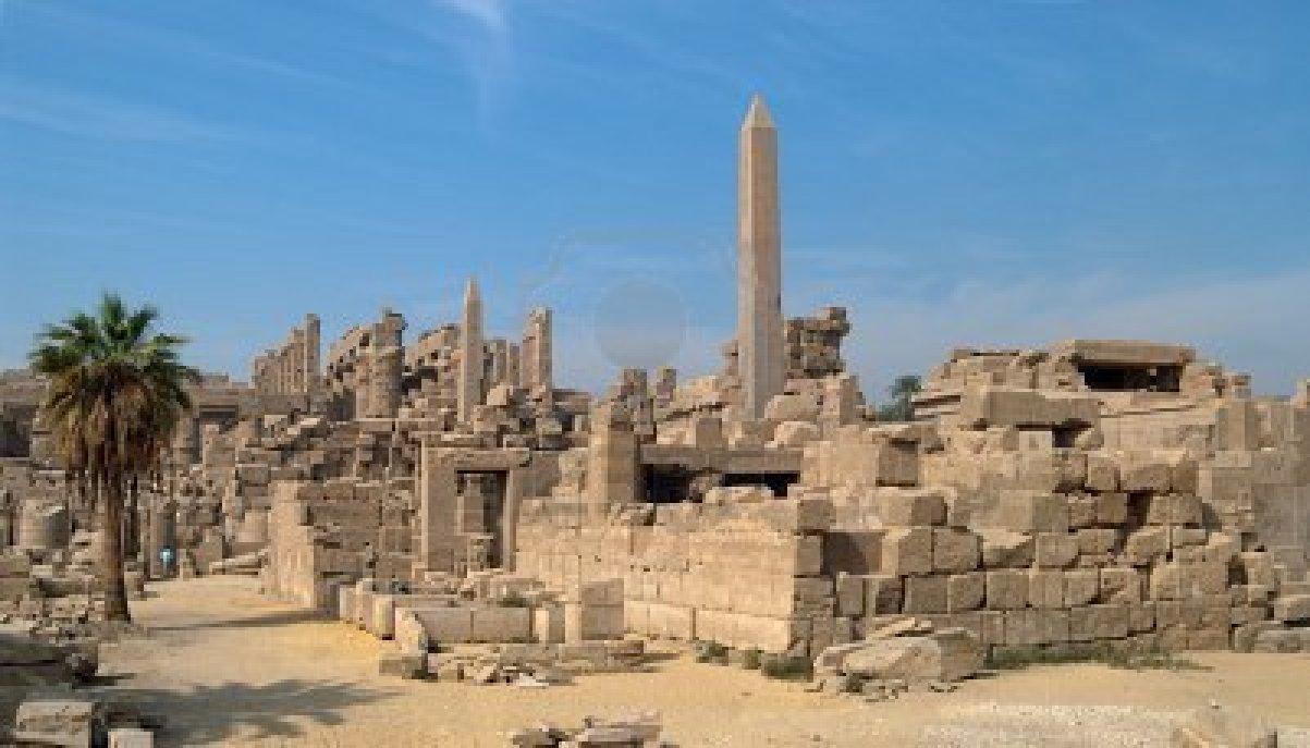 """「オベリスクで有名な""""カルナック神殿""""」(エジプト)"""