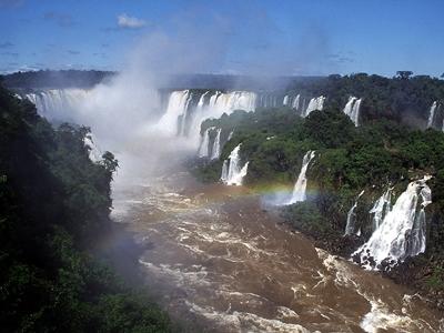 """「恋の伝説の残る""""イグアスの滝""""」(ブラジル・アルゼンチン)"""