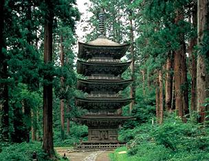出羽三山神社五重塔