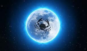 月の星座はかに座・午前中はボイドタイムなのでご注意を